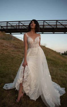 Classic Wedding Gowns, Lace Wedding, Essense Of Australia, White Gowns, Bridal Boutique, Designer Wedding Dresses, Bridal Collection, Bridal Gowns, Ball Gowns