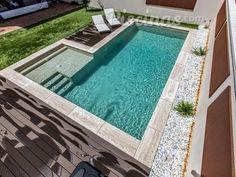Best Indoor Garden Ideas for 2020 - Modern Small Backyard Pools, Backyard Pool Designs, Small Pools, Swimming Pools Backyard, Swimming Pool Designs, Pool Landscaping, Outdoor Pool, Piscina Diy, Moderne Pools