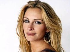 julia+roberts+hairstyles | Julia Roberts rarely wears her hair curly these days ...