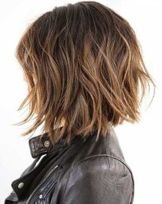 40 Shaggy Bob Hairstyles for Short and Medium Hair – Shaggy Haircuts – Hairstyle Fix - Frisuren Mittelemo Shaggy Bob Hairstyles, Shaggy Bob Haircut, Haircut For Thick Hair, Messy Hairstyles, Pixie Haircuts, Bob Hairstyles Brunette, Hairstyle Ideas, Haircut Short, Black Hairstyles