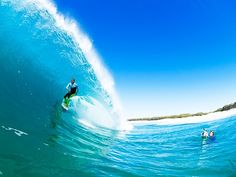 Surfing holidays is a surfing vlog with instructional surf videos, fails and big waves Big Waves, Ocean Waves, Water Waves, Soul Surfer, Surfing Pictures, Surfs Up, Amazing Photography, Places To See, Scenery