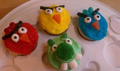 Angry bird cupcakes for J's birthday