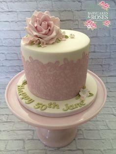 Pale Pink Cake Lace  Sugar Rose Cake - Cake by Babycakes  Roses Cakecraft