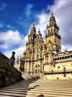 The Cathedral in Santiago de Compostela. (c) GTH & Nathan DePetris