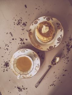crumpets - the gourmet mag - the vintage pink issue