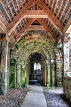 Love to go here~St. Konan's Kirk, Loch Awe,Scotland. One of the homes of our ancestors in the UK and we'd like to go.