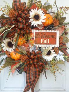 Fall and Autumn Orange and Cream Mesh Wreath by WilliamsFloral Diy Fall Wreath, Autumn Wreaths, Wreath Crafts, Wreath Ideas, Holiday Wreaths, Thanksgiving Crafts To Make, Thanksgiving Tree, Fall Crafts, Fall Harvest Decorations