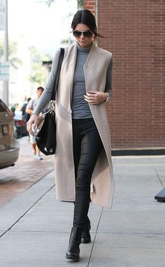 Always so chic. Kendall Jenner strutts her stuff in LA. http://eonli.ne/1zLmaJB