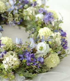 Diy Wreath, Grapevine Wreath, Wreaths, Corona Floral, Deco Floral, Laurel Wreath, Table Flowers, Green Flowers, Summer Wreath