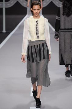 Viktor & Rolf | Fall 2014 Ready-to-Wear Collection | Style.com #Binx