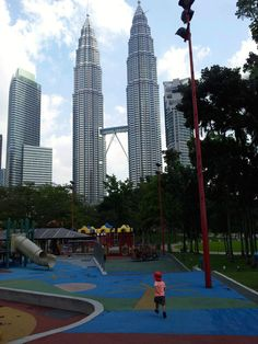 KL With Kids   Suitcases & Strollers   Travelling with Kids