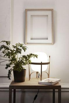 Cesta lamp | Designed by Miguel Milá in 1964 | Santa & Cole, Barcelona | Disponible en Manuel Lucas Muebles, Elche