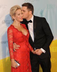 Pin for Later: 23 Couples de Célébrités Qui Vont Avoir un Enfant en 2016 Luisana Lopilato La femme de Michael Bublé est enceinte du deuxième enfant du couple — ils sont déjà les parents du petit Noah, 2 ans.