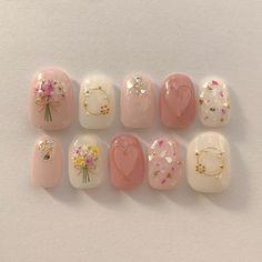 Home nail manicure diy hand pampering session Korean Nail Art, Korean Nails, Nail Swag, Cute Nails, Pretty Nails, Gel Nagel Design, Kawaii Nails, Japanese Nail Art, Pin On