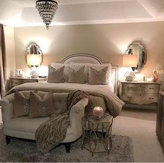 If you're also contemplating the exact same thing, then you may want to try elegant style for the master bedroom design ideas. Small Master Bedroom Design, in designing the house you would like so it appears very comfortable that you stay. Master Room, Master Bedroom Design, Dream Bedroom, Home Decor Bedroom, Bedroom Designs, Bedroom With Couch, Bedroom Chair, Light Bedroom, Bedroom Wall