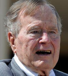 George Bush 12-06-1924 Amerikaans oud-politicus van de Republikeinse Partij. Van 1989 tot 1993 was hij de 41e president van de Verenigde Staten. Bush verliet het openbare leven, maar bleef toch actief als ex-president. Zo was hij de enige ex-president die gebruik maakte van zijn recht om CIA-rapporten te ontvangen na afloop van zijn presidentschap.  https://youtu.be/IFrnQHaQWoA