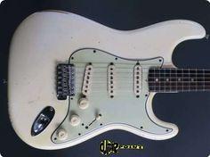 Fender / Stratocaster / 1964 / Olympic White