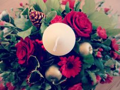 Red roses festive christmas centrepiece