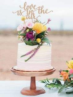 23 Word Cake Toppers to Give Your Wedding Cake Some Personality – Beautiful Wedding Cake Designs Wedding Cake Prices, Wedding Cake Designs, Wedding Ideas, Wedding Trends, Wedding Stuff, Black Wedding Cakes, Elegant Wedding Cakes, Single Tier Cake, Creative Wedding Cakes