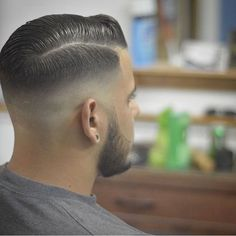 25 Popular Haircuts For Men Mens Medium Length Hairstyles, Cool Hairstyles For Men, Slick Hairstyles, Hairstyles Haircuts, Haircuts For Men, Short Hair Cuts, Short Hair Styles, Hair With Flair, Flair Hair