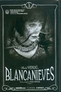 Versión libre del cuento de los hermanos Grimm, ambientada en España durante los años 20. Blancanieves es Carmen (Macarena García), una bella joven con una infancia atormentada por su terrible madrastra Encarna (Maribel Verdú). Huyendo de su pasado, Carmen, emprenderá un apasionante viaje acompañada por sus nuevos amigos: una troupe de Enanos Toreros.