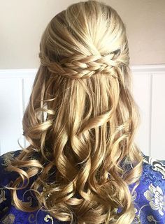 These Prettiest Half Up Half Down Hairstyles to inspire your big day look. wedding hair half up half down + loose curls, Half up half down wedding hairstyle