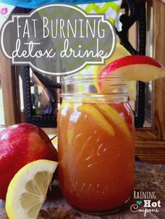 Fat Burning Detox WaterYou'll need about 12 ounces of filtered water, 2 tablespoons of apple cider vinegar, 1 tablespoon of fresh lemon juice, a teaspoon of ground cinnamon and about half a medium apple, sliced. You can also add a bit of sweetener if you want. You simply put everything except the apples into your blender and blend for about ten seconds. Then just add your apples and drink.