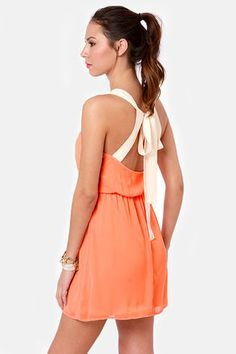 gotta love this Summer orange dress with a bow back<3  Get 7% Cash Back http://www.studentrate.com/itp/get-itp-student-deals/lulu-s-Student-Discount--/0