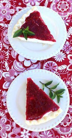 postres caseros con frambuesas, tarta de queso con frutas
