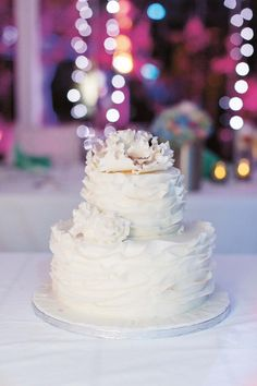 Irina & Peter: Ein Hochzeitstraum auf Santorin  TANJA KIBOGO http://www.hochzeitswahn.de/inspirationen/irina-peter/ #wedding #santorini #inspiration