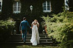 boda sencilla natural de clara y dani Dani, White Dress, Wedding Dresses, Natural, Fashion, Simple Weddings, People, Moda, Bridal Dresses