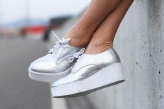 A partir de ahora tu también querrás unas zapatillas con plataforma (aka flatforms)