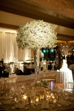 Centerpieces are so fun when they are big! Mod Wedding, Wedding Events, Dream Wedding, Wedding Tables, Wedding Reception, Gypsophila Wedding, Wedding Flower Inspiration, Wedding Ideas, Winter Wedding Flowers