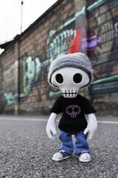 """""""Mr Death Inside"""" Resin Doll by RX Toys"""