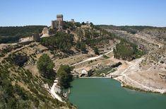 CASTLES OF SPAIN - Castillo de Alarcón, Cuenca. De origen árabe, dependió inicialmente la fortaleza del emirato de Córdoba. Durante su permanencia en poder de los musulmanes sirvió de bastión defensivo en sus pugnas internas. En 1184, Fernán Martínez de Ceballos, capitán de las tropas de Alfonso VIII, asedió la fortaleza durante nueve meses y la ganó finalmente para su rey .