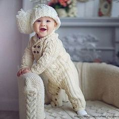 Crochet Baby Outfits Boy Children 19 Ideas For 2019 Winter Baby Clothes, Knitted Baby Clothes, Knitted Romper, Crochet Baby Hats, Crochet Clothes, Crochet Dresses, Crochet Beanie, Cool Baby, Pretty Baby