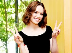"""Daisy Ridley #Rey in Japan for #StarWars   """"The Force Awakens"""" Episode VII"""