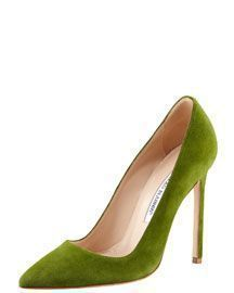 Manolo Blahnik BB Suede Pointed-Toe Pump.. green gorgeousness. #manoloblahnikheelsfashion