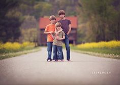 On the dirt farm lane with dads house and the barns and field in the background would be awesome! Boy Pictures, Boy Photos, Family Photos, Family Portraits, Sibling Photography, Children Photography, 3 Brothers Photography, Photography Ideas, Pic Pose