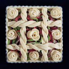 Rows of roses. Apple peel pie with frangipane. I peeled the apples with a a mach… Rows of roses. Apple peel pie with frangipane. I peeled the apples with a a machine and the peels looked so decorative that I decided to include them in the pie. I wonder ho Sweet Pie, Sweet Tarts, Beautiful Pie Crusts, Pie Crust Designs, Pie Decoration, Pies Art, Pastry Design, Pie In The Sky, Apple Roses