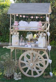 See more ideas about Candy table, Candy buffet and Candy car. Candy Table, Candy Buffet, Dessert Buffet, Dessert Bars, Dessert Stand, Dessert Tables, Bar Deco, Decoration Shabby, Sweet Carts