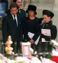 Princess Margaret with her son Lord Linley and his wife Lady Serena Linley leaving Westminster Abbey after the funeral service for Diana, Princess of Wales, September Get premium, high resolution news photos at Getty Images Funeral Da Princesa Diana, Princess Diana Funeral, Royal Princess, Prince And Princess, Princess Of Wales, Prince Harry, Princess Margaret, Margaret Rose, Prinz Phillip