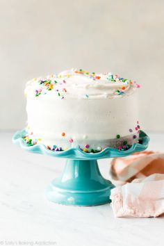 How to make all different flavor 6 inch cakes including vanilla cake chocolate cake lemon cake and so many more Recipes on 6 Cake, No Bake Cake, Cupcake Cakes, Cupcakes, Cake Serving Chart, Cake Disasters, Small Cake, Cake Flavors, Cake Servings