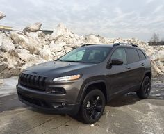 Jeep is synonomous with capability and the Cherokee Latitude delivers plenty. Jeep Cherokee Accessories, Jeep Cherokee Trailhawk, 2016 Jeep, Car Goals, Mopar Or No Car, Car Shop, Jeep Life, My Ride, Luxury Cars