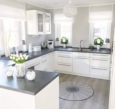Minimal and lovely kitchen design. 😊 Are you ready to build your own dream kitchen? Home Art Tile crew is more than happy to help. Kitchen Interior, Home Decor Kitchen, Kitchen Design Small, Kitchen Decor, Kitchen Remodel Small, Home Kitchens, Kitchen Layout, Kitchen Renovation, White Kitchen Design