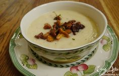 Суп из сельдерея с каштанами и лисичками. Оригинальный и очень вкусный осенний суп. #edimdoma #cookery #recipe #soup