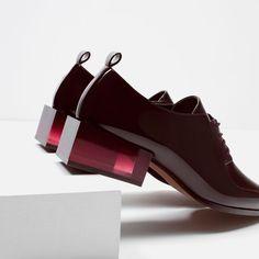 Image 5 of HEEL DETAIL BLUCHERS from Zara