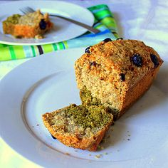 Carrot, Vanilla, Green Tea Layer Cake! Vegan August 16, 2011 By Richa 14 Comments