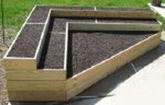 25 Simple Ideas to Make Cascading Garden Planter 26