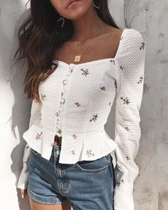 giveaway our new juliet top 1 tag your bffs faves more tags more entries 2 must be 73021652706359671 Girly Outfits, Trendy Outfits, Cute Outfits, Fashion Outfits, Fashion Tag, Fashion Ideas, Womens Fashion Online, Latest Fashion For Women, Outfit Trends